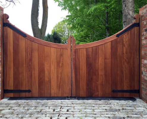 Iroko scalloped TGV gates automated
