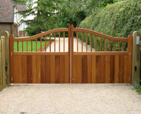 Hardwood Iroko swishtop widsor gates