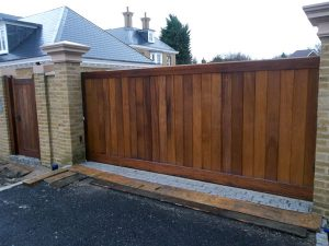 Solid timber sliding gate